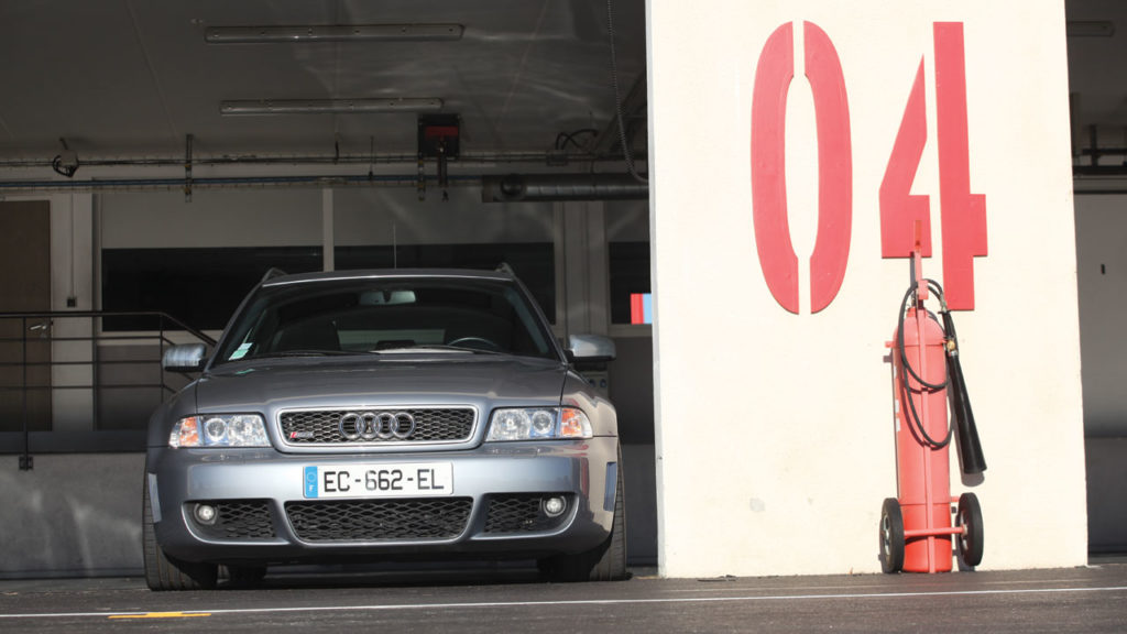 Audi rs4 mk1