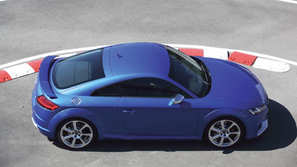 Audi-TT-RS-2