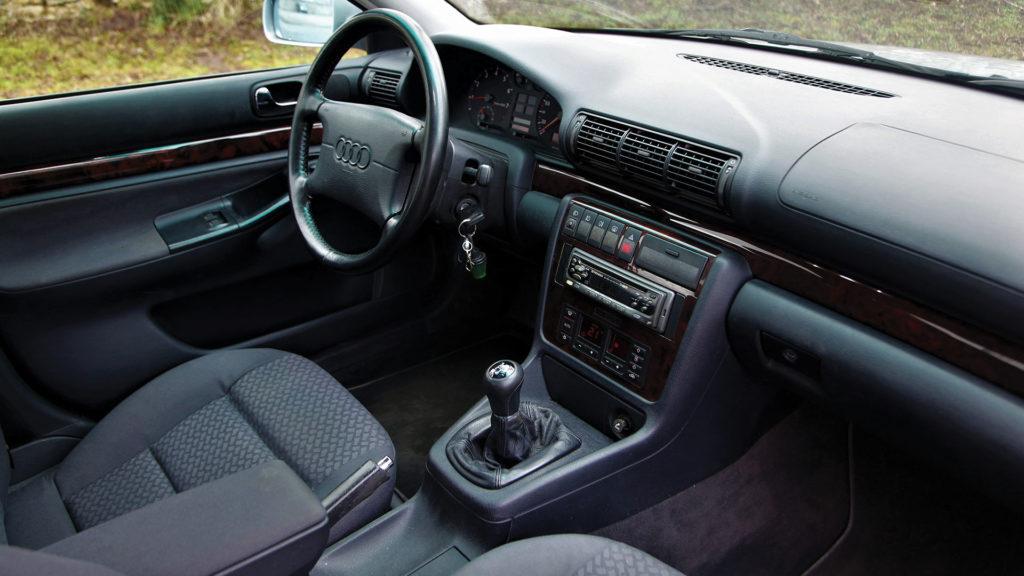 Interieur avant siège et volant