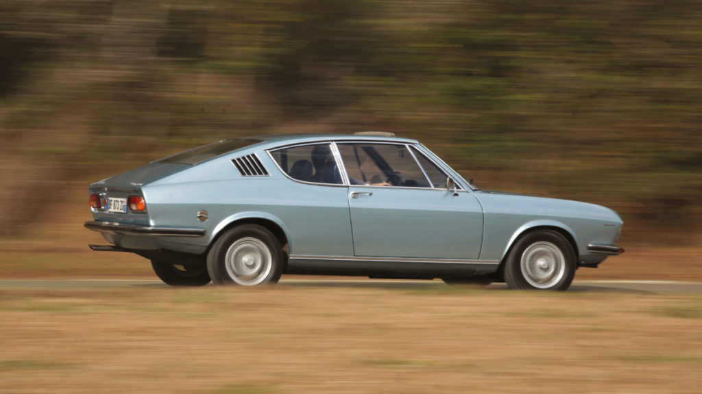 Audi-100-S-Coupe2