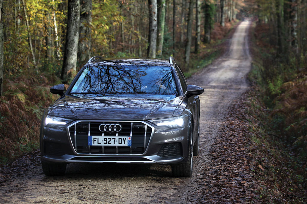 Audi A6 Allroad en action