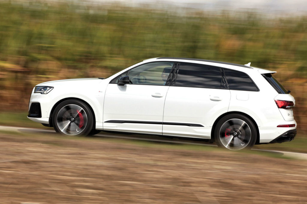 Audi Q7 60 TFSIe profil