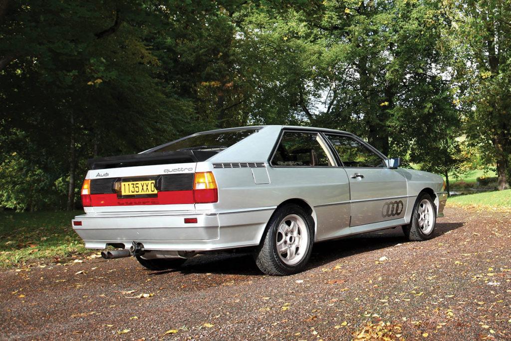 Audi Quattro 10 V 3/4 arriere
