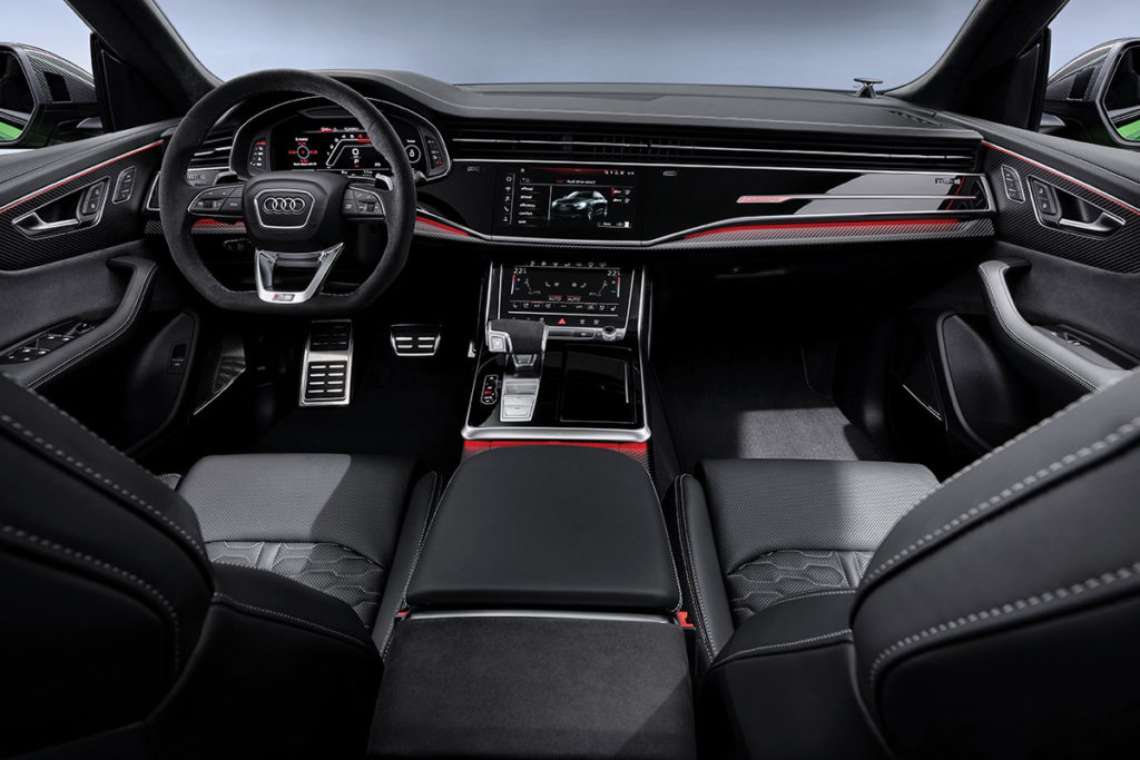 Audi RS Q8 interieur avant